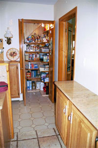 House kitchen pantry - Click to Enlarge, close window when done