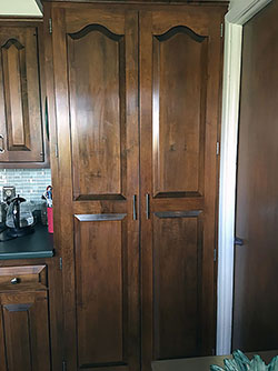 Custom Cabinets Throughout - Click to Enlarge, close window when done