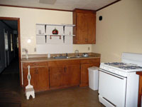Apartment Kitchen - Click to Enlarge, close window when done