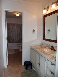 Main Floor Bathroom - Click to Enlarge, close window when done